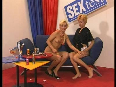 Lesbenfaustspiele mit Carmen und ihrer Lesben Freundin